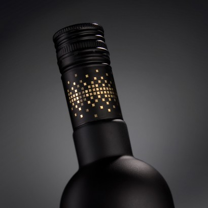 Lithuanian-Vodka-Black-Edition-3.jpg
